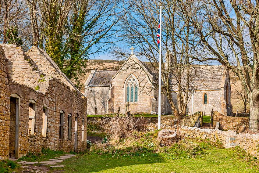 Tyneham, uno de los pueblos fantasma en Inglaterra