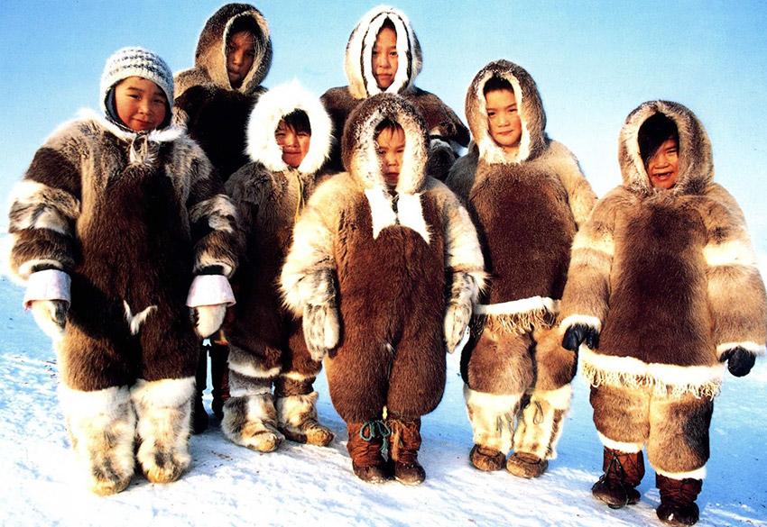 Los Inuits, practican una de las costumbres gastronómicas extrañas del mundo