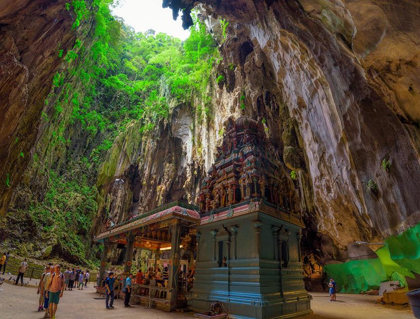 La Cueva Batu, una de las cuevas mágicas del mundo