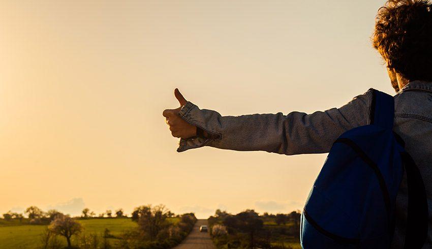 Especial mochileros: prepárate para vivir estas experiencias en autostop