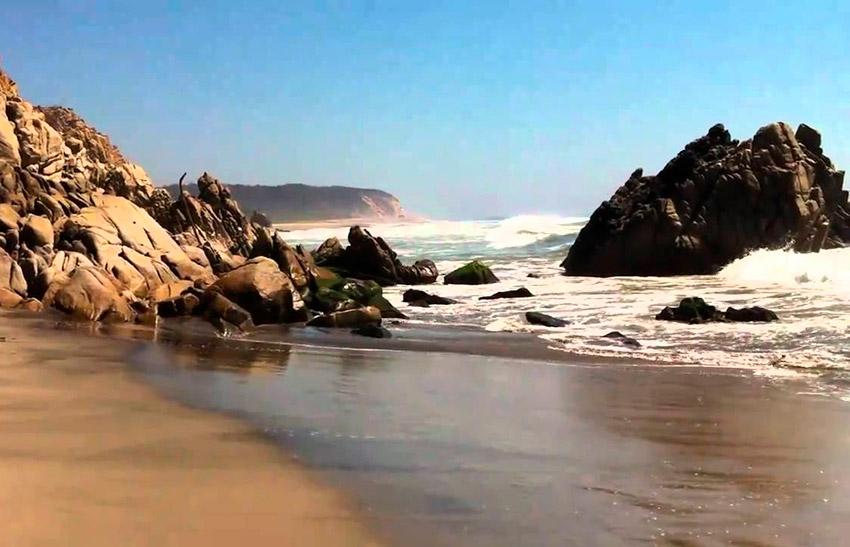 La Bocana, una de las playas tranquilas en Oaxaca