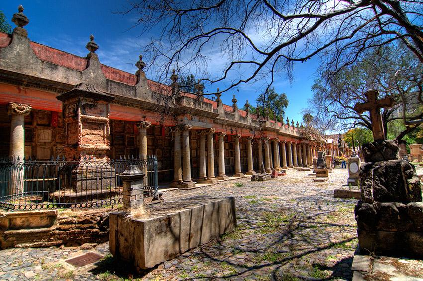 Panteón Belén, uno de los lugares terroríficos en México