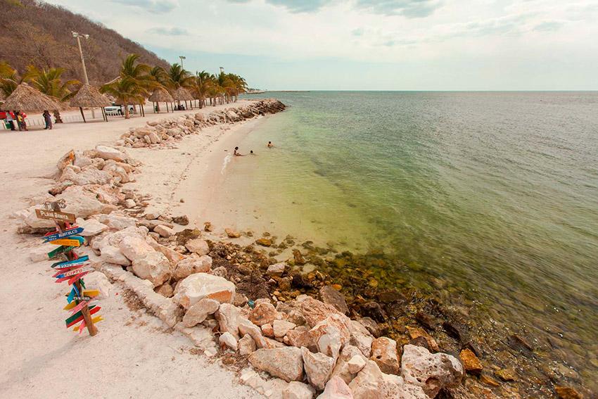 Playa Bonita, una de las playas tranquilas en Campeche
