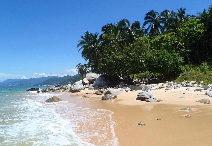 El Capomo, una de las playas tranquilas en Nayarit