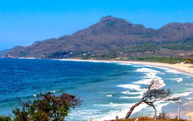 Playas tranquilas en Nayarit para descansar y relajarse