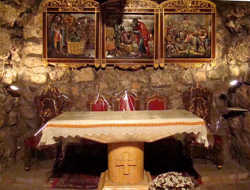 Iglesia dedicada a Ananías, uno de los lugares de las rutas de peregrinaje