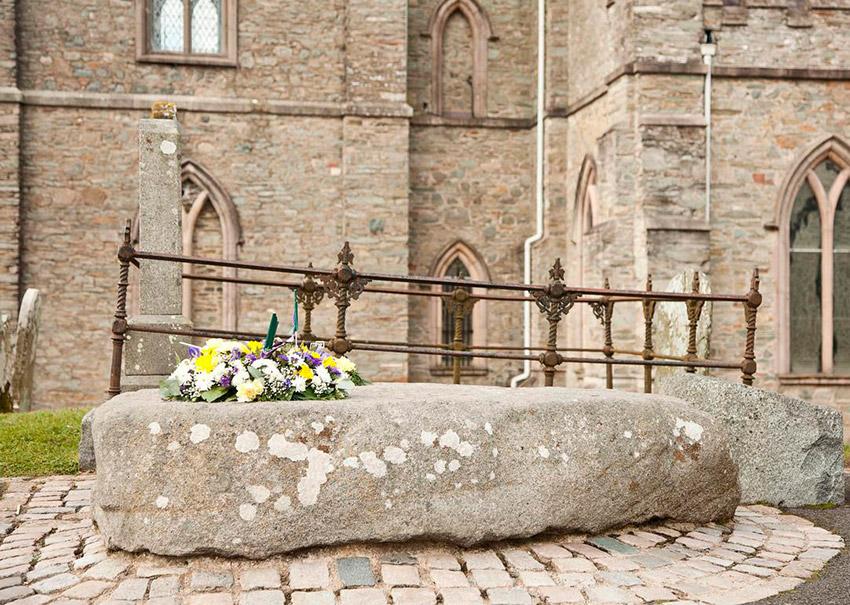 Catedral de Down, uno de los lugares de las rutas de peregrinaje en Irlanda