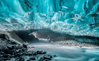 Vatnaekyudl, una de las cuevas mágicas del mundo