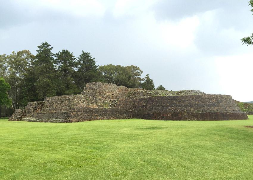 Las Yacatas de Tzintzuntzan, uno de los lugares de la arqueología en México