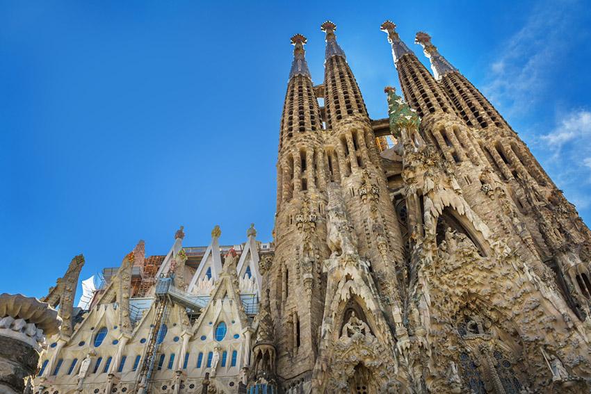 La Sagrada Familia, una de las catedrales del mundo