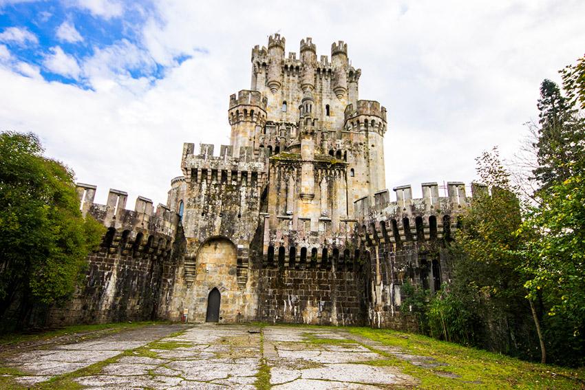 Castillo de Butrón, uno de los castillos de cuento en España