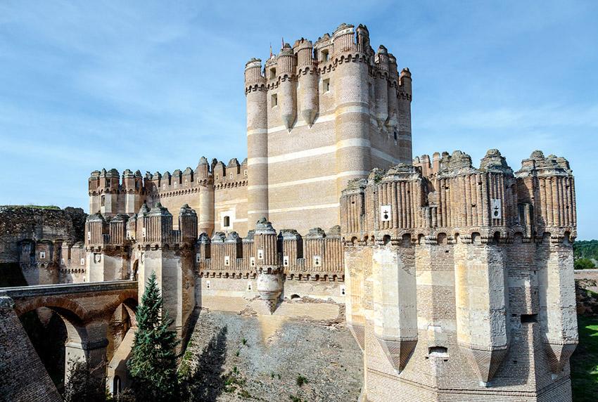 Castillo de Coca, uno de los castillos de cuento en España
