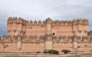 ¡Visita estos castillos de cuento en España y disfruta de la historia!