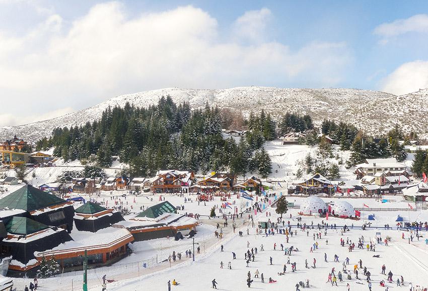 Bariloche, uno de los lugares donde viajar en invierno en Argentina