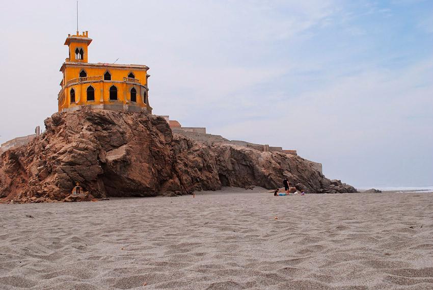 Castillo Forga, uno de los castillos de cuento en Perú