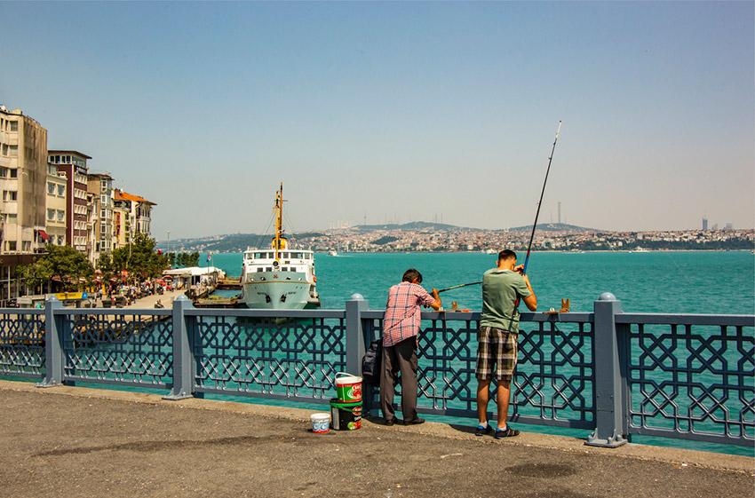 El Puente de Gálata, una de las cosas gratis en Estambul