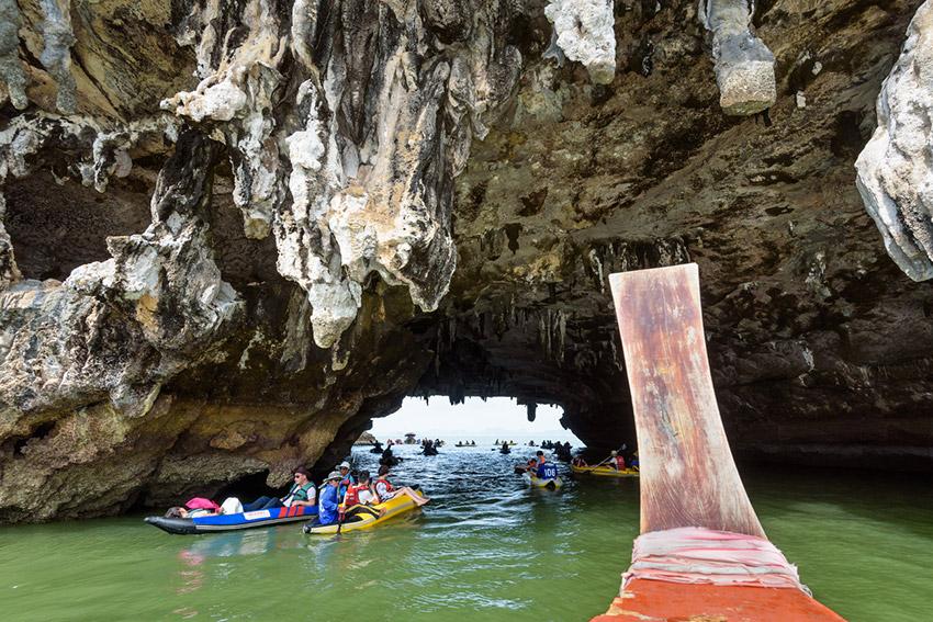 Tham Lod Cave, una de las cuevas mágicas en Tailandia