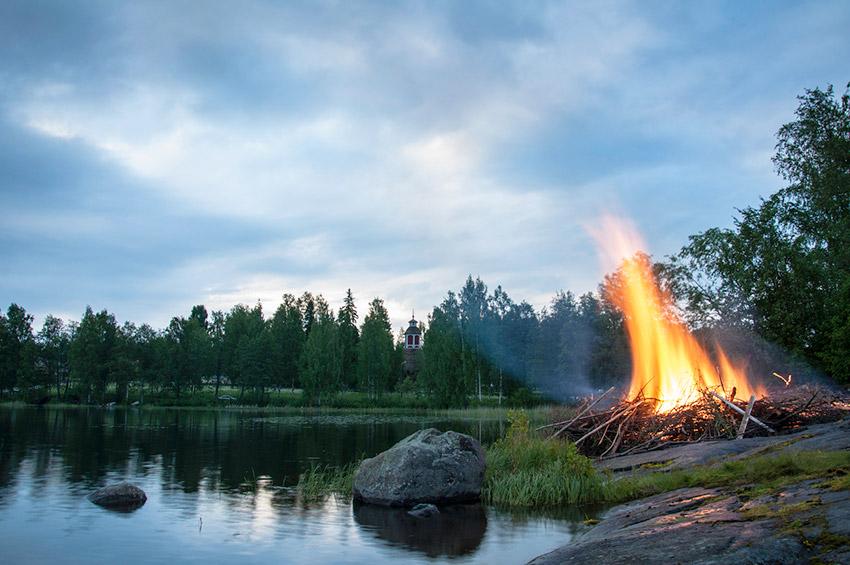 Juhannus en Finlandia, uno de los lugares en el que se celebra San Juan en Europa
