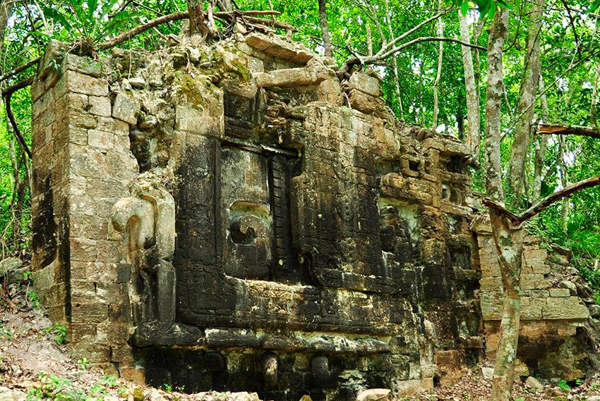 Una ciudad maya en la selva de Guatemala
