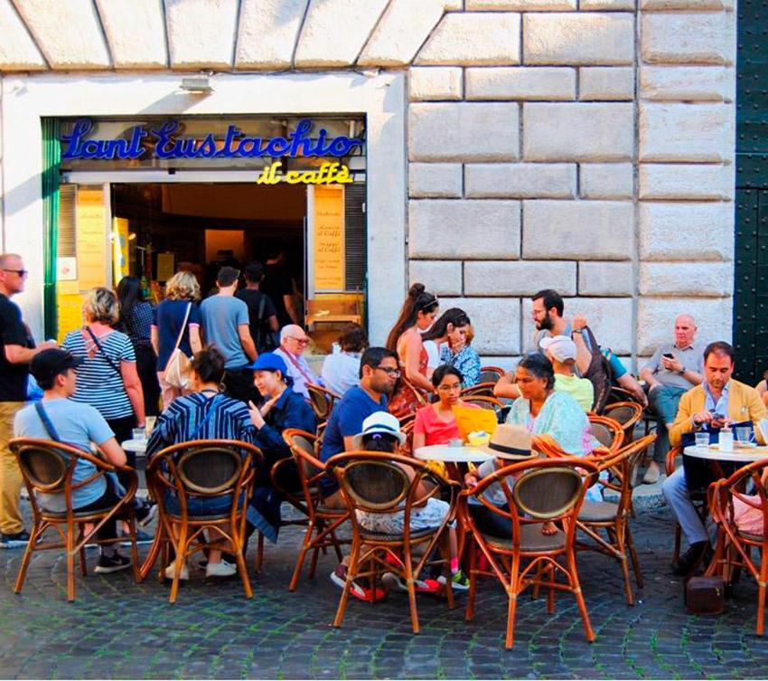 Sant' Eustachio, uno de los cafés de moda en Roma