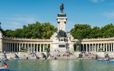 Madrid tiene playa este verano: MadBeach en plaza Colón