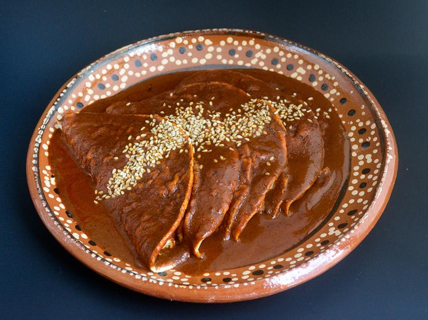 Mole, una de las comidas extrañas en México