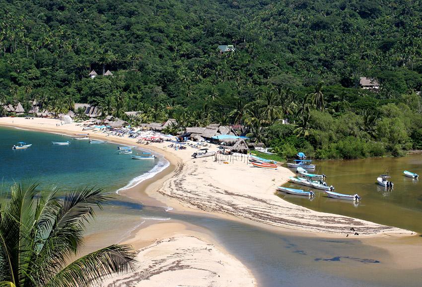 Playa Yelapa, una de las playas tranquilas en Puerto Vallarta