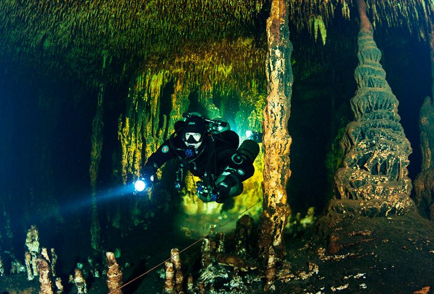 Sistema Ox Bel Ha, una de las cuevas mágicas en México