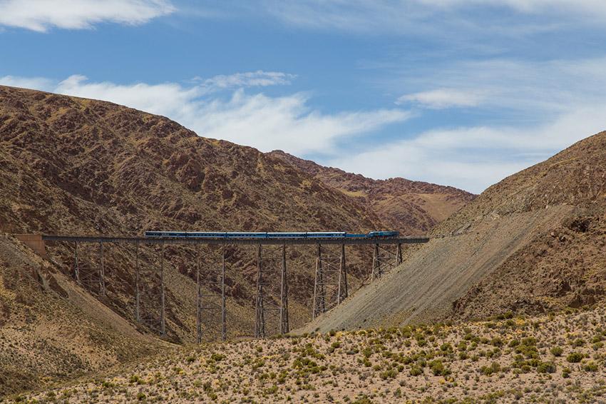 Tren a Las Nubes, uno de los trenes más peligrosos del mundo