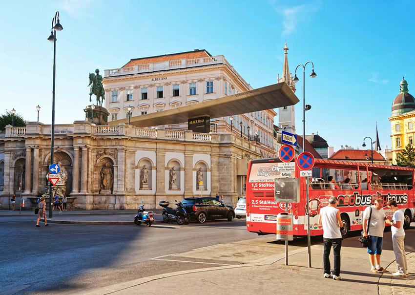 Albertinaplatz, una de las cosas qué ver en Viena