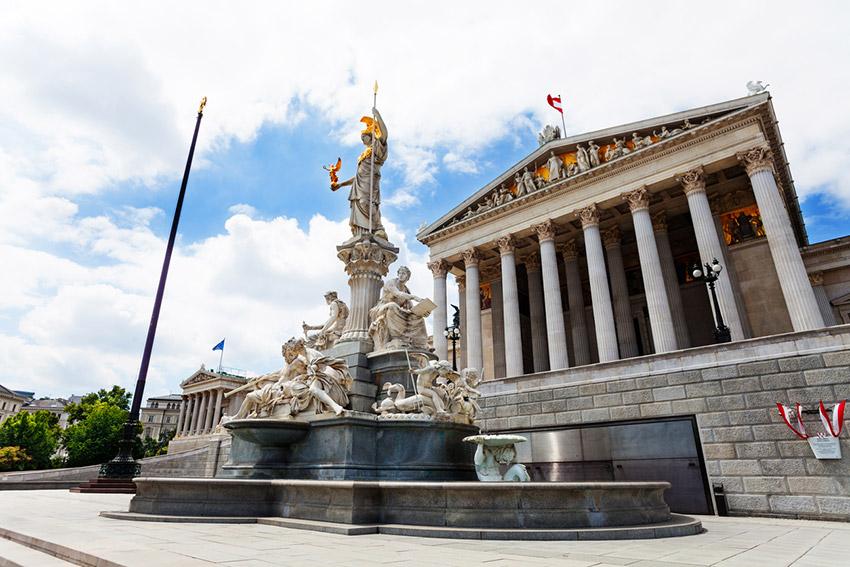 Parlamento, una de las cosas qué ver en Viena