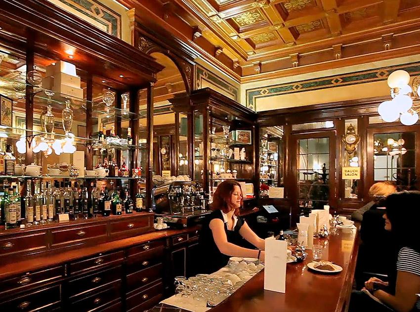 Cafetería Demmel, una de las cosas qué ver en Viena