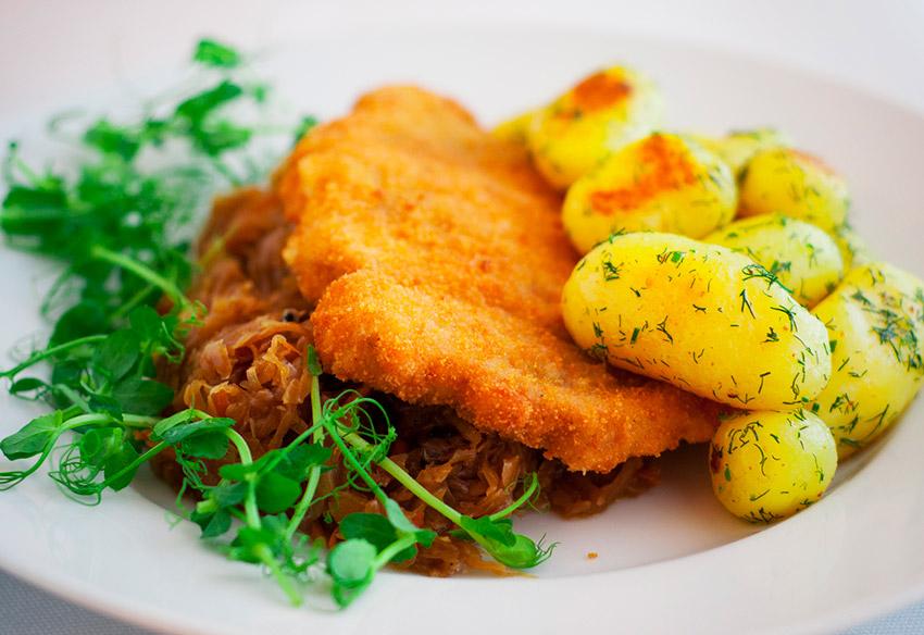 Wiener Schnitzel, una de las cosas qué ver en Viena