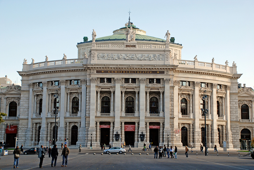 Teatro Burgtheater, una de las cosas qué ver en Viena