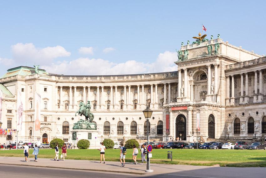 Palacio de Hofburg, una de las cosas qué ver en Viena